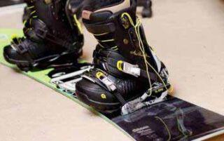 Як вибрати сноуборд за зростом і вагою для початківців — таблиця розмірів з цінами виробників
