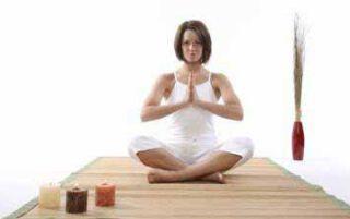 Йога для початківців в домашніх умовах — з чого почати заняття, основні пози з описом і відео