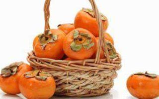 Хурма при грудному вигодовуванні — чи можна їсти жінці, який сорт і скільки