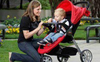 Яку коляску для купувати для дитини, види колясок