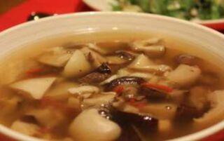 Суп з білих грибів — як приготувати зі свіжих, сушених і заморожених за рецептами з фото