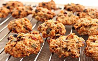 Готуємо корисне і смачне вівсяне печиво без випічки в домашніх умовах